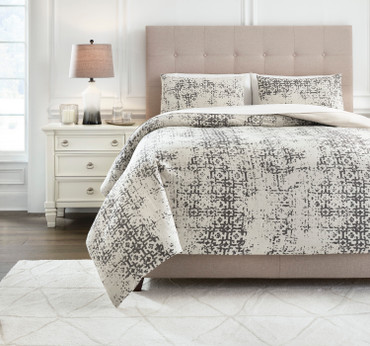 The Addey 3pc Comforter Collection