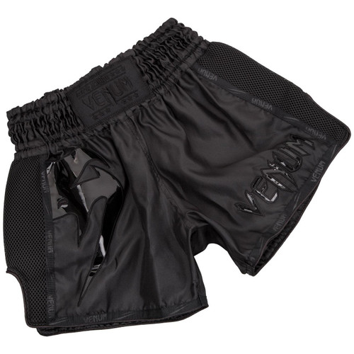 Venum Giant Muay Thai Shorts -BLACK/BLACK