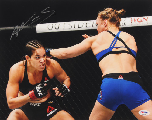 Amanda Nunes Autographed UFC 11x14 Photo (PSA COA)