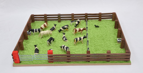 Millwood Crafts Grass Field with Fence (FS58)