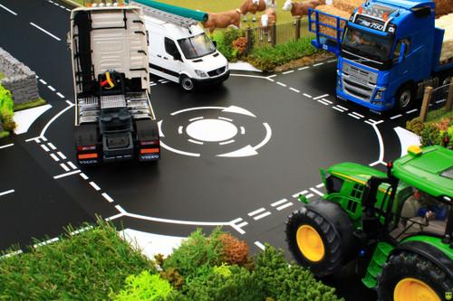 Brushwood Mini Roundabout (BT3072)