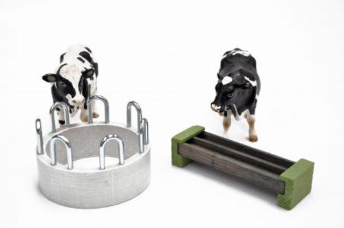 Millwood Crafts Cattle Ring Feeder & Trough Set (FS74)