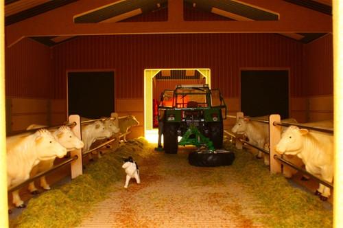 Livestock Barn - Big Brushwood Basics (BBB130)