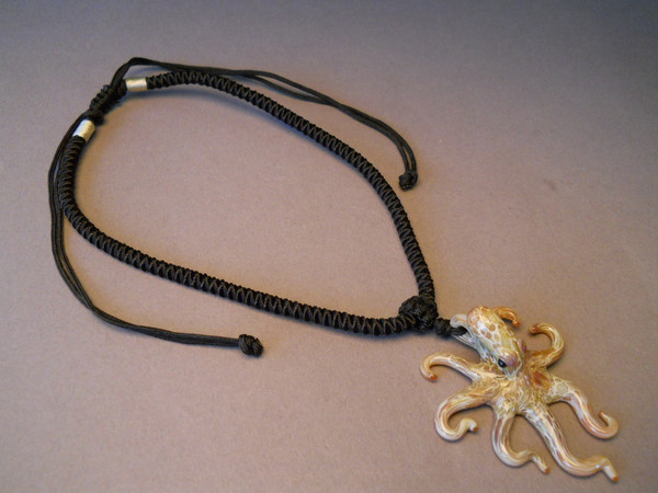 Octopus pendant with Adjustable cord