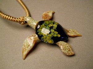 tide-pool-series-sea-turtle-pendant-6-300x225.jpg