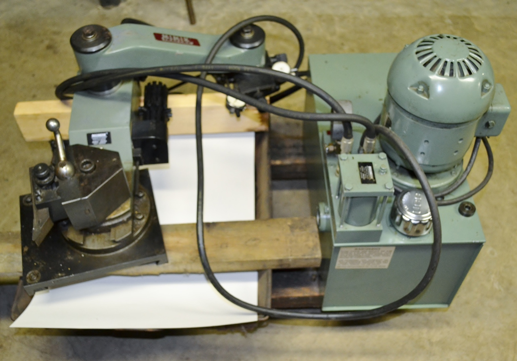 Mimik Hydraulic Tracing Unit 504 With 1824 Slide Assembly And Electrical Wiring Indicators