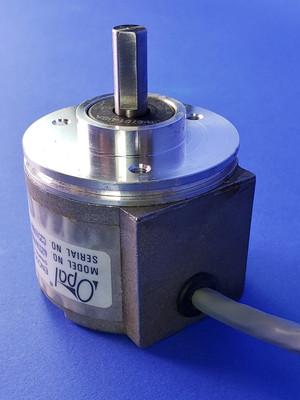 Danaher Dynapar Opal Encoder HC62536006015 HC25 3/8 Shaft 2.50 Servo Mount 5-26V