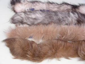 "100 REAL FOX & RACCOON FUR COLLARS, SOFT Sewn on 31"" fabric strips w/buttons NEW"