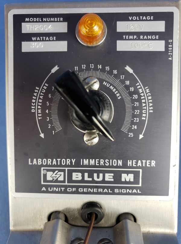 Blue M Electric Jar Bath Immersion Heater Water Bath TH2004, 300 W Heats 100 degrees C