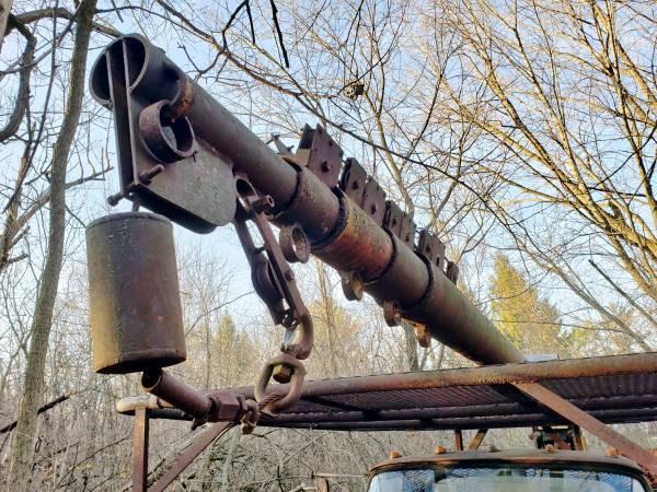 FORD F700 CRANE, 1963 100' Telescoping Crane, Restoration Project