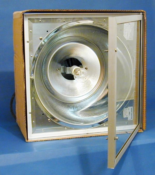 Quality Stainless Steel Light Fixture Door Open (in inner box)