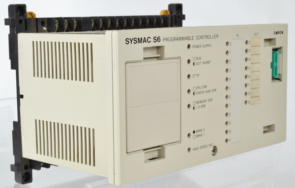 OMRON SYSMAC 3G2S6-CPU15 24V  AC/DC Output PROGAMMABLE CONTROLLER
