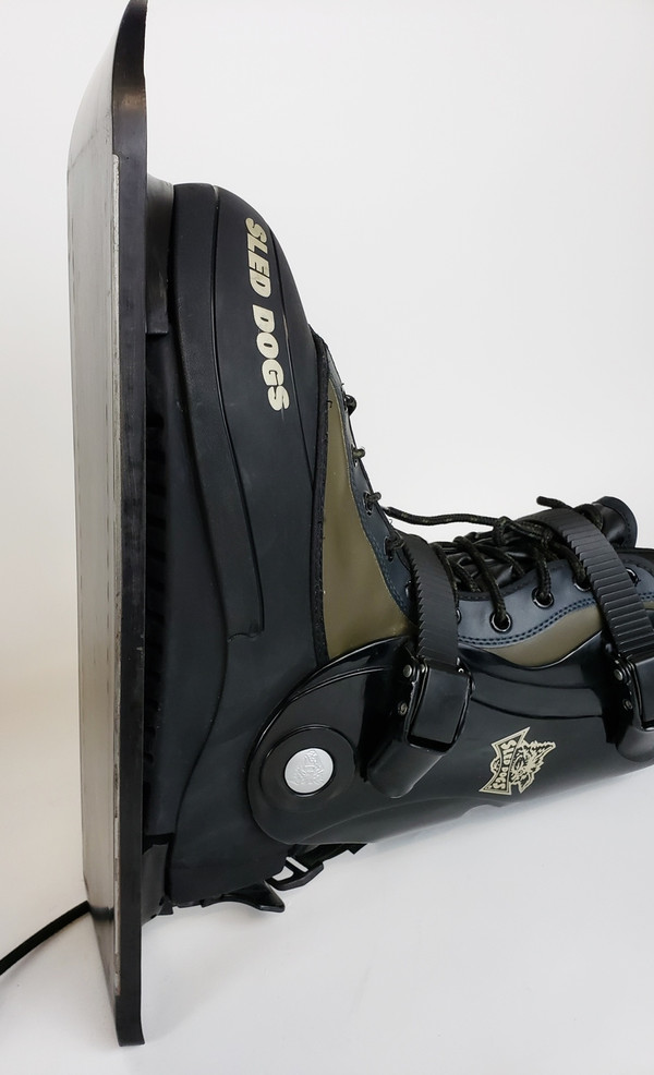 Sled Dog K9 Snow Skates with Carrying Bag, Excellent Condition