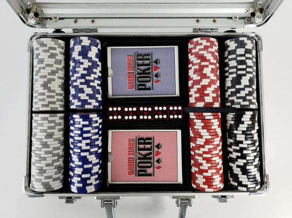 WORLD SERIES of POKER Chip Set in Aluminum Case, NICE!