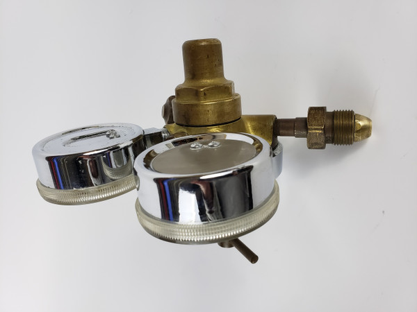 HEWLETT PACKARD 19057A GAS PRESSURE REGULATOR with Dual Gauges