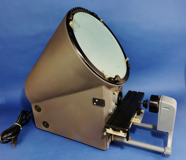 "Micro-Vu 500HP Benchtop Optical Comparator 12"" Screen with Dust Cover, VGC!"