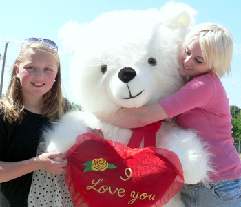 American Made Giant Valentines Day Teddy Bear 54 Inch Soft Holds I LOVE YOU Heart Pillow Made in USA