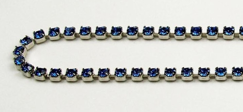 18PP (2.5mm) Sapphire rhinestone chain, 84 stones per foot