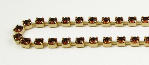 24PP (3.2mm) Smoked Topaz rhinestone chain, 62 stones per foot
