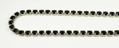 29SS (6.32mm) Jet rhinestone chain, 37 stones per foot