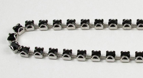 32PP (41mm) Jet rhinestone prongless chain, 48 boxes per foot