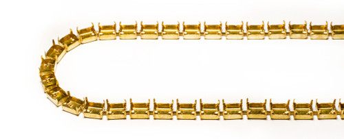 FC86/32: 8mm x 6mm Octagon chain, unset, 32 boxes per foot.