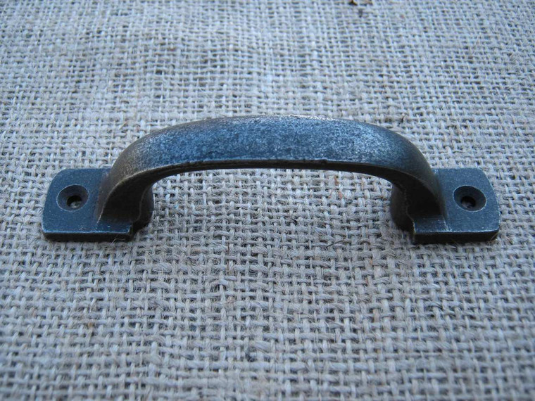 Square Bow Handle in Cast Iron