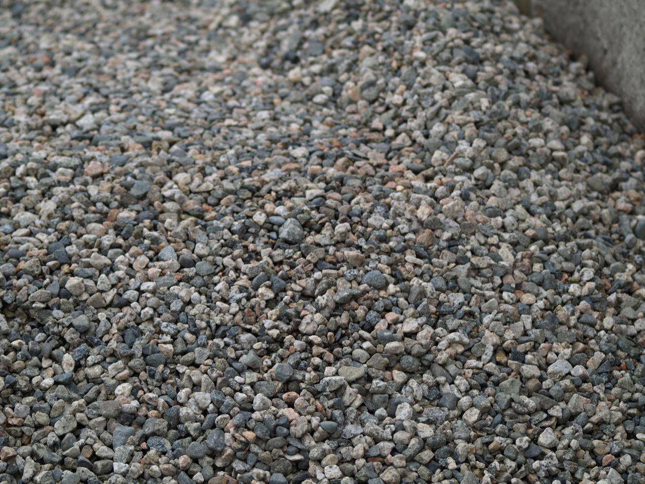 Torpedo rock aggregate
