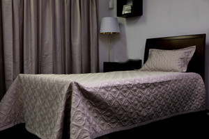 Single Quilted Bedspread with Pillowcase, Grey, 180x257cm. 10 pcs per carton