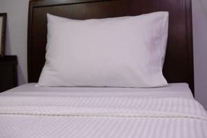 White Check Pillow Case, 100 pcs per carton