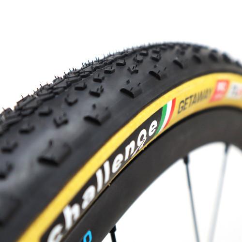 Challenge Getaway Pro Tubeless Cyclocross/Gravel Tyre HTLR Tan 700 x 40