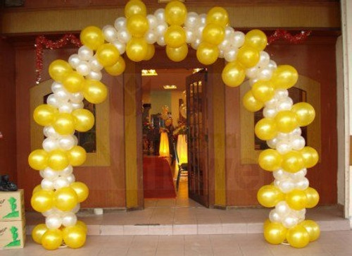 Organic Balloon Arch 14