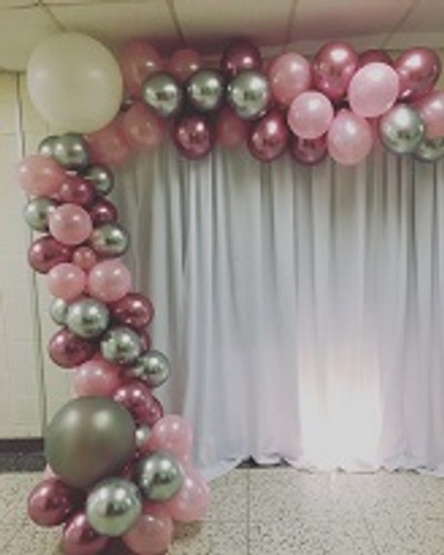 Organic Balloon Arch 16