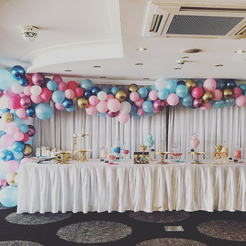 Organic Balloon Arch 3