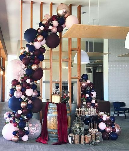 Organic Balloon Garlands with flower