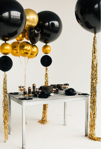 Classy Balloon Combo with Shimmer Curtain on weight