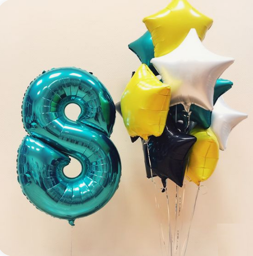 Different Star hues & number balloon bouquet