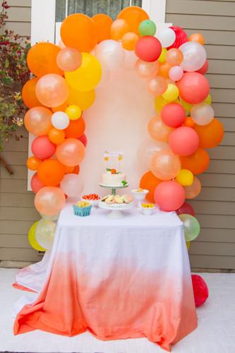 Citrus Organic Balloon garland