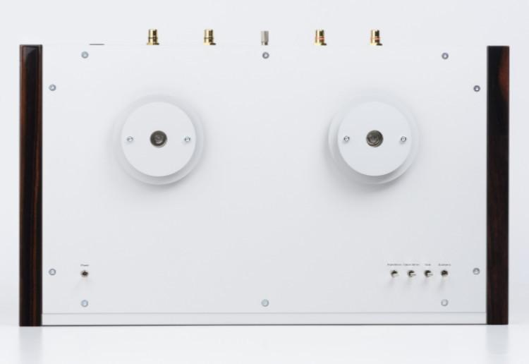 EAT E-GLOW S Tubed Phono Stage Stuns. At True Audiophile.