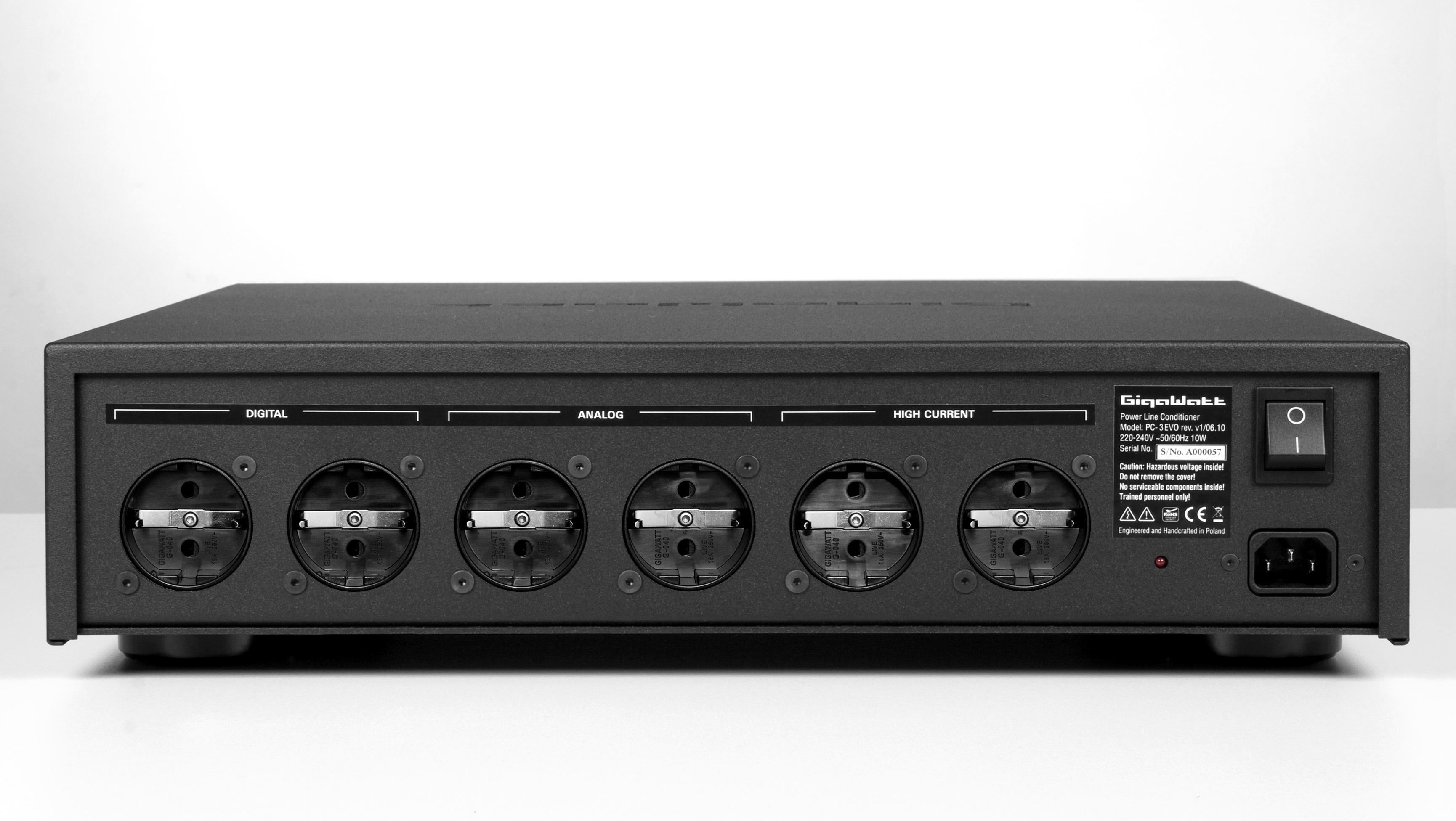 GigaWatt Power Line Conditioner GigaWatt PC-3 EVO+ True Audiophile.