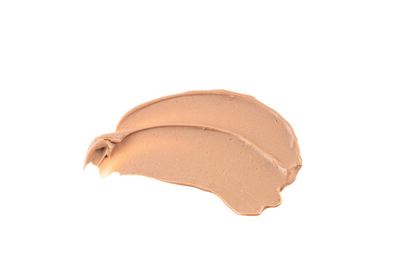 Blends beautifly on all skin tones.
