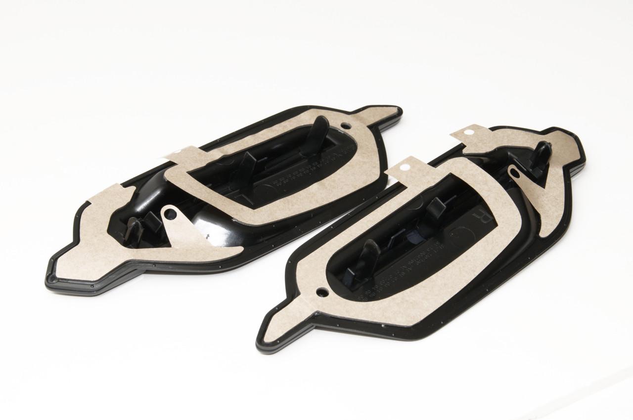 BMW M2 Side Fender Black Grill/Badge Set