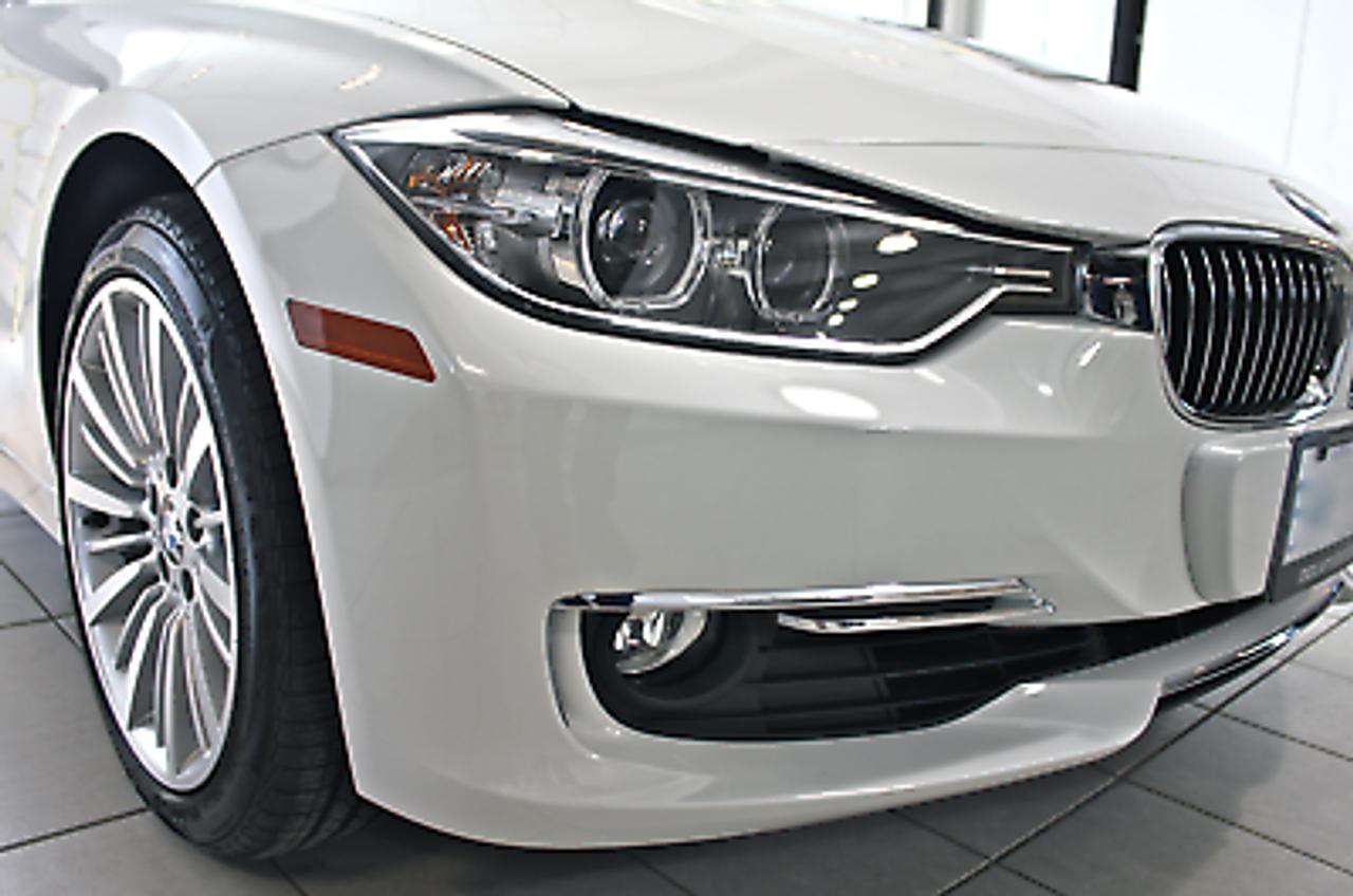 Genuine BMW 3-Series F30 F31 Rear Right Bumper Reflector Red OEM 2012-2014