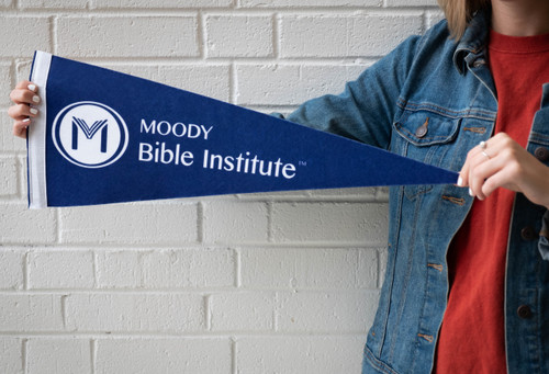 Moody Pennant