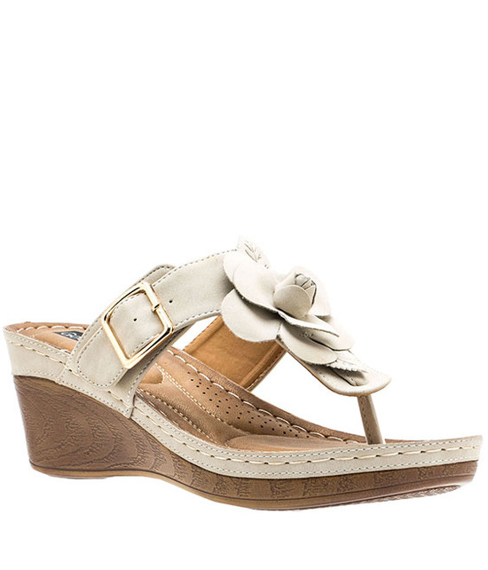 Flora Low Wedge Sandal in Natural