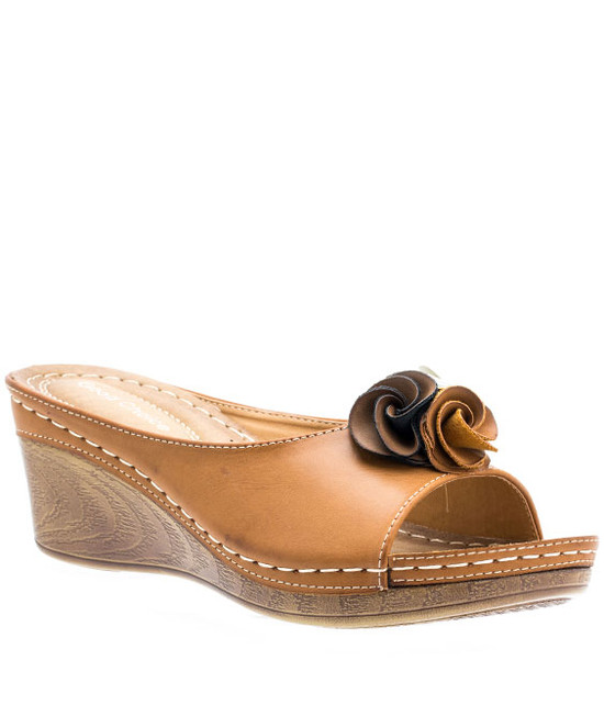 Gc Shoes Sydney Low Wedge Easy Slip On Tan