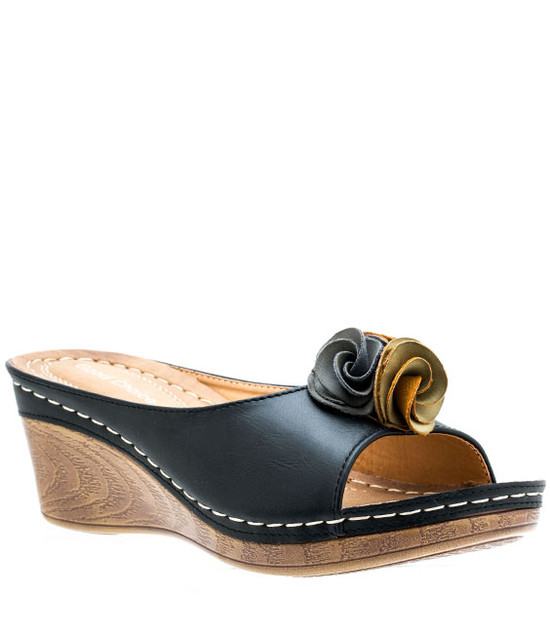 Sydney Low Wedge Sandal in Black