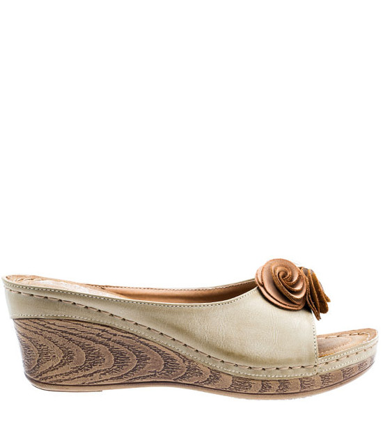 Gc Shoes Sydney Low Wedge Easy Slip On Natural