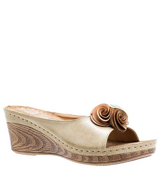 Sydney Low Wedge Sandal in Natural