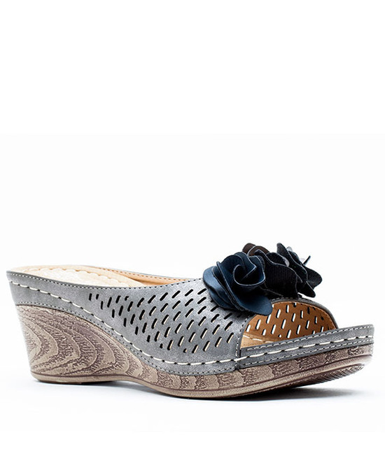 Julliet Slip On Wedge With Ruffle Flower Pewter